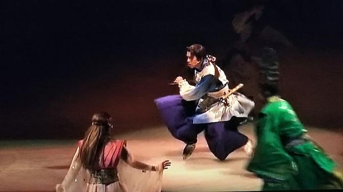 「氷艶hyoen2019 -月光かりの如く-完全版」を自宅のテレビで視聴する方法はコレしかない!